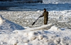 ken_ilio_stand_up_paddle_boarding_in_chicago-04.jpg